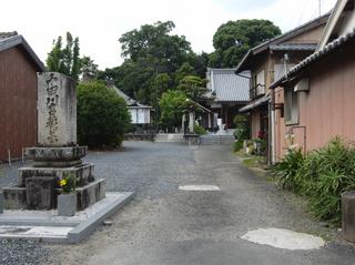 お相撲さんのお墓